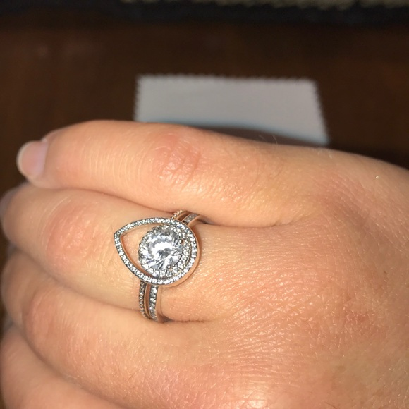 651a46d821f5f Authentic pandora rings